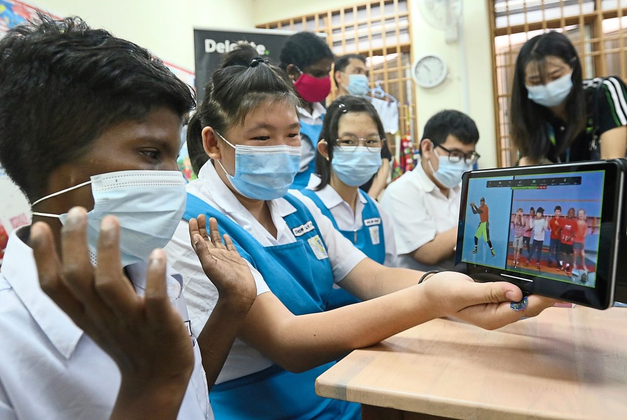 Devices to smoothen learning journey